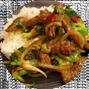 Ris med Oksekød og Chop Suey